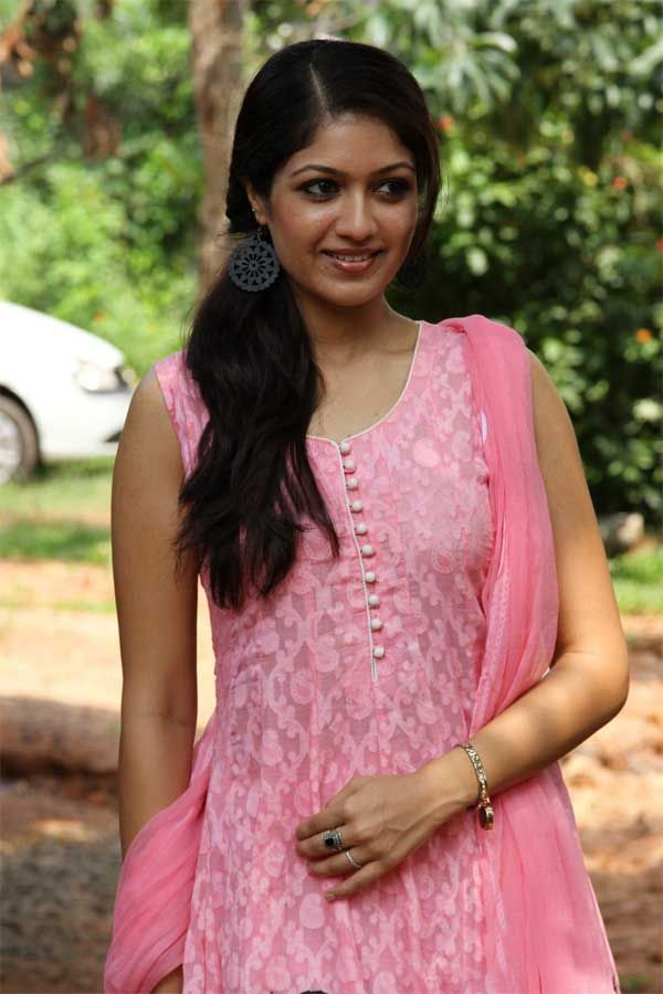 Meghana Raj Height Weight Bra Size Body Measurements Beauty Full Girl Celebrity Facts Indian Actresses