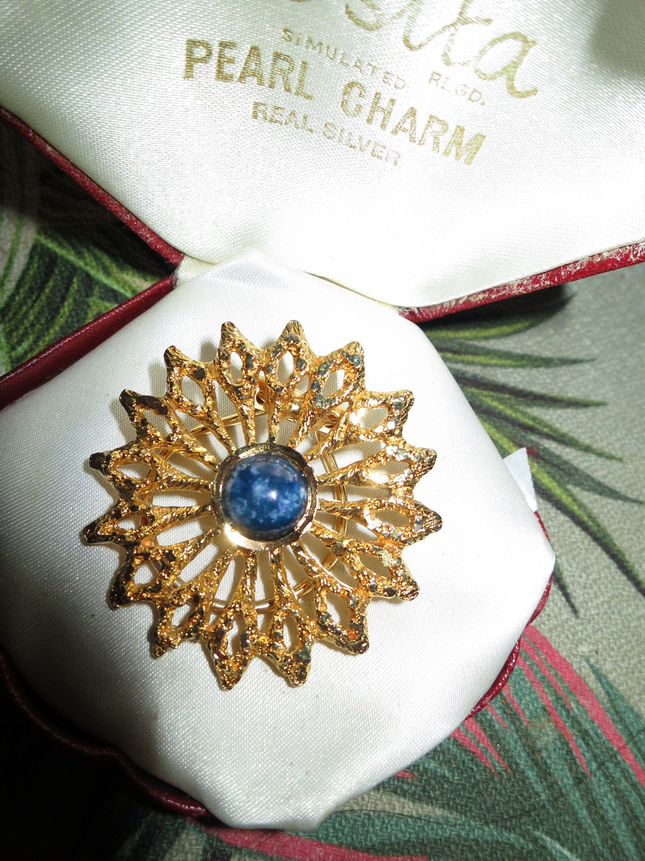 Beautiful Flower Scarf Ring Pendant With Rhinestones