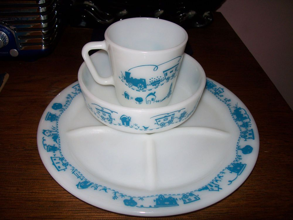 Vintage Pyrex Child's Blue Turquoise Choo Choo Train set - plate, cup and bowl!