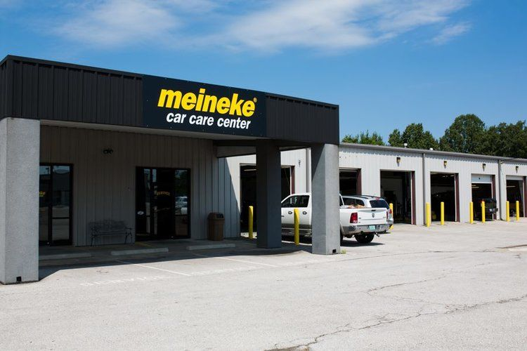 Car Care Center >> Meineke Car Care Center Springdale Arkansas Arkansas