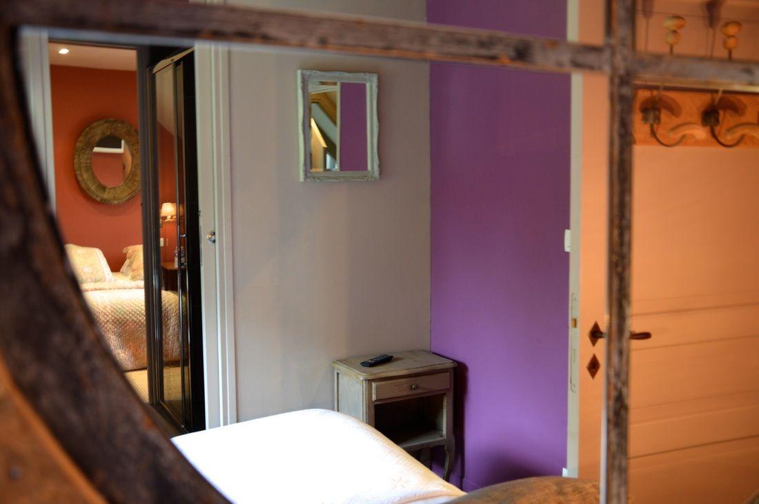 Suite Parentale Chambre D Hotes Violette Le Pre Reinette Chambre Chambre D Hote Chambre Violette