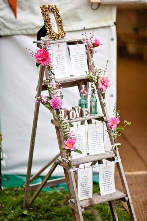 ideas para utilizar escaleras de madera en la decoracin de tu boda