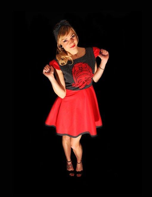 752e959c553c Červené šaty s černobílým puntíkem Originální šaty ve stylu rockabilly.  Střih šatů je ideální na každou postavu.