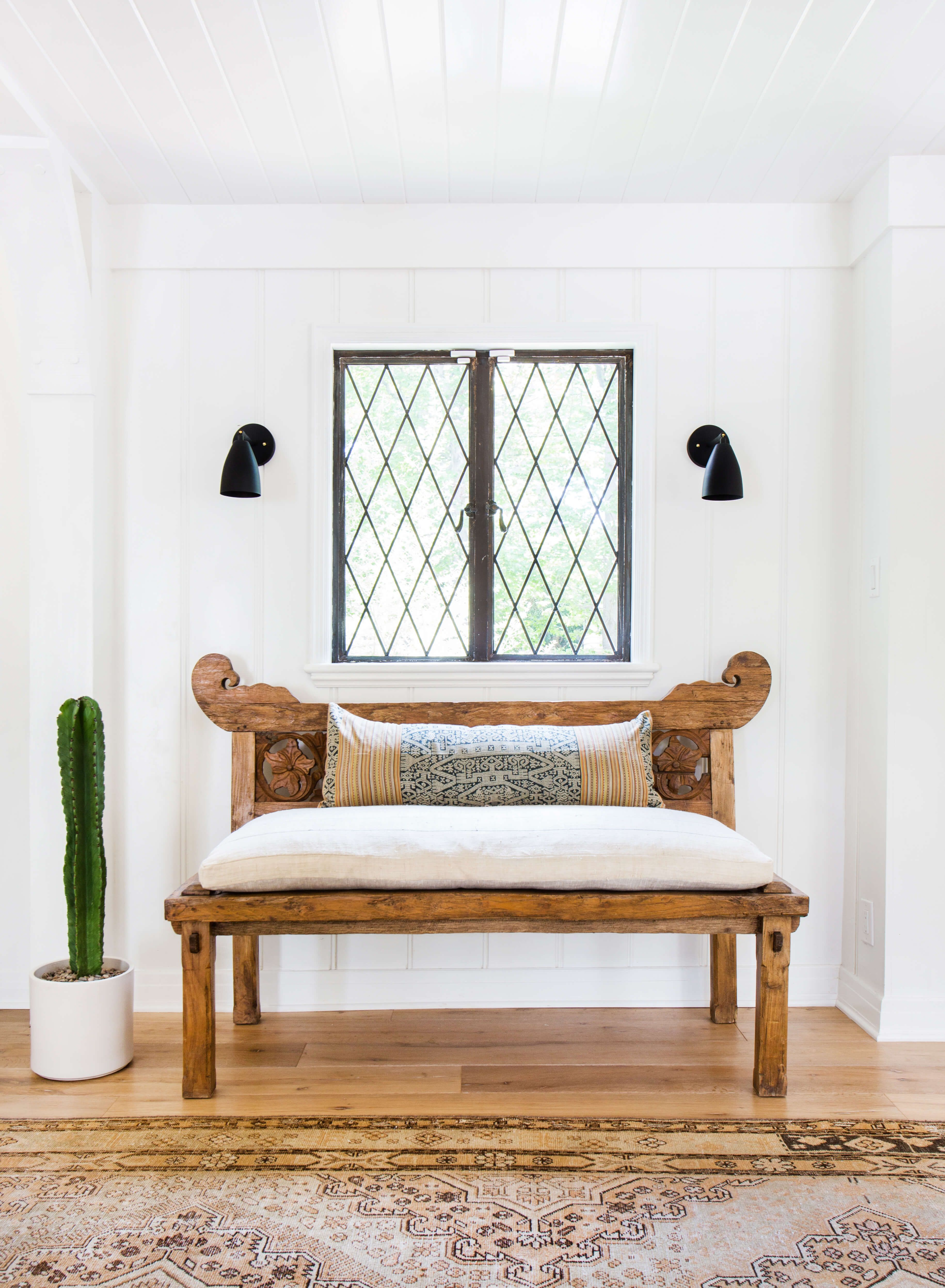 Master bedroom entry  Achieving the uEffortless Expensiveu Style Furniture  Emily