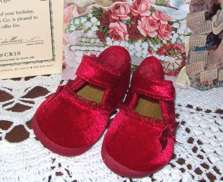 Red Velvet baby shoes..love these