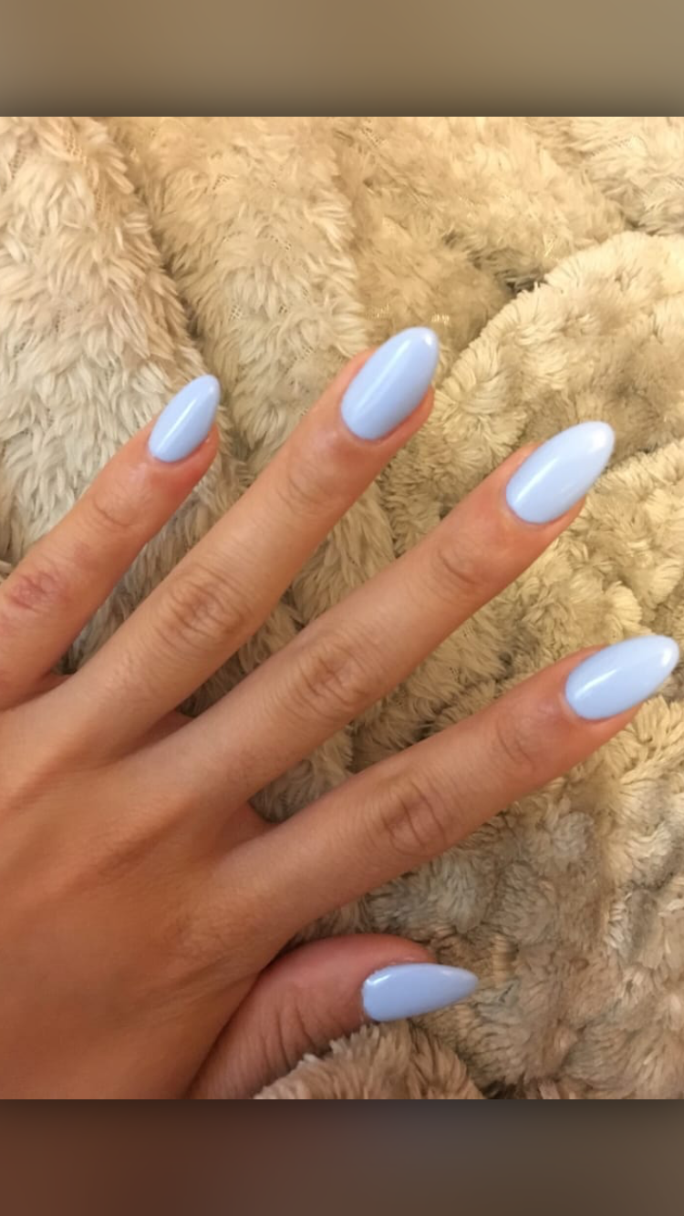 Almond Shape Baby Blue Almondshapednails Acrylicnailsnatural In 2020 Light Blue Nails Oval Acrylic Nails Baby Blue Acrylic Nails