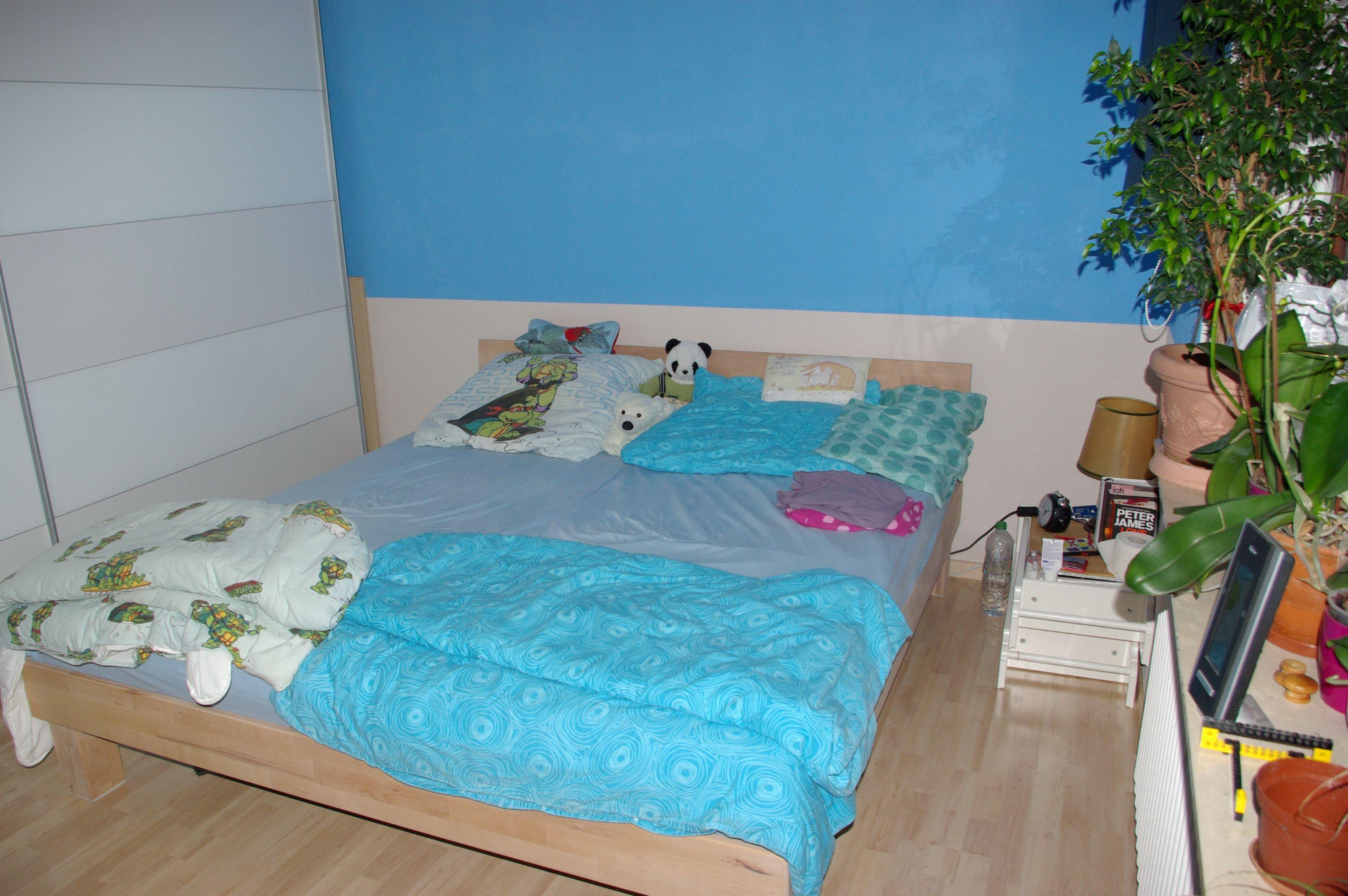 Unser Neues Bett Massivholzbett Areswood Inkl Latenroste Und Matratzen Die Bodyguard Anti Kartell Matratzen Von Bett1 Massivholzbett Bett