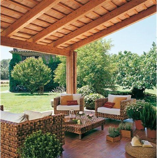 Make Your Backyard Dream True With Covered Patios Angle The Cover Of A Pergola To Keep The Sun Out Porches De Casas Sala De Exterior Piso Para Patio