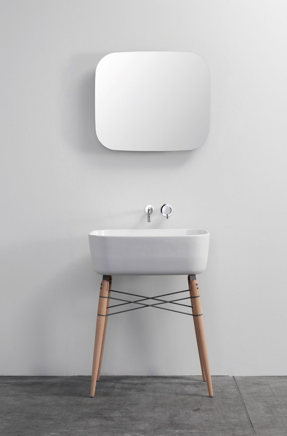 Ray Bathroom Ceramic Washbasin by Michael Hilgers
