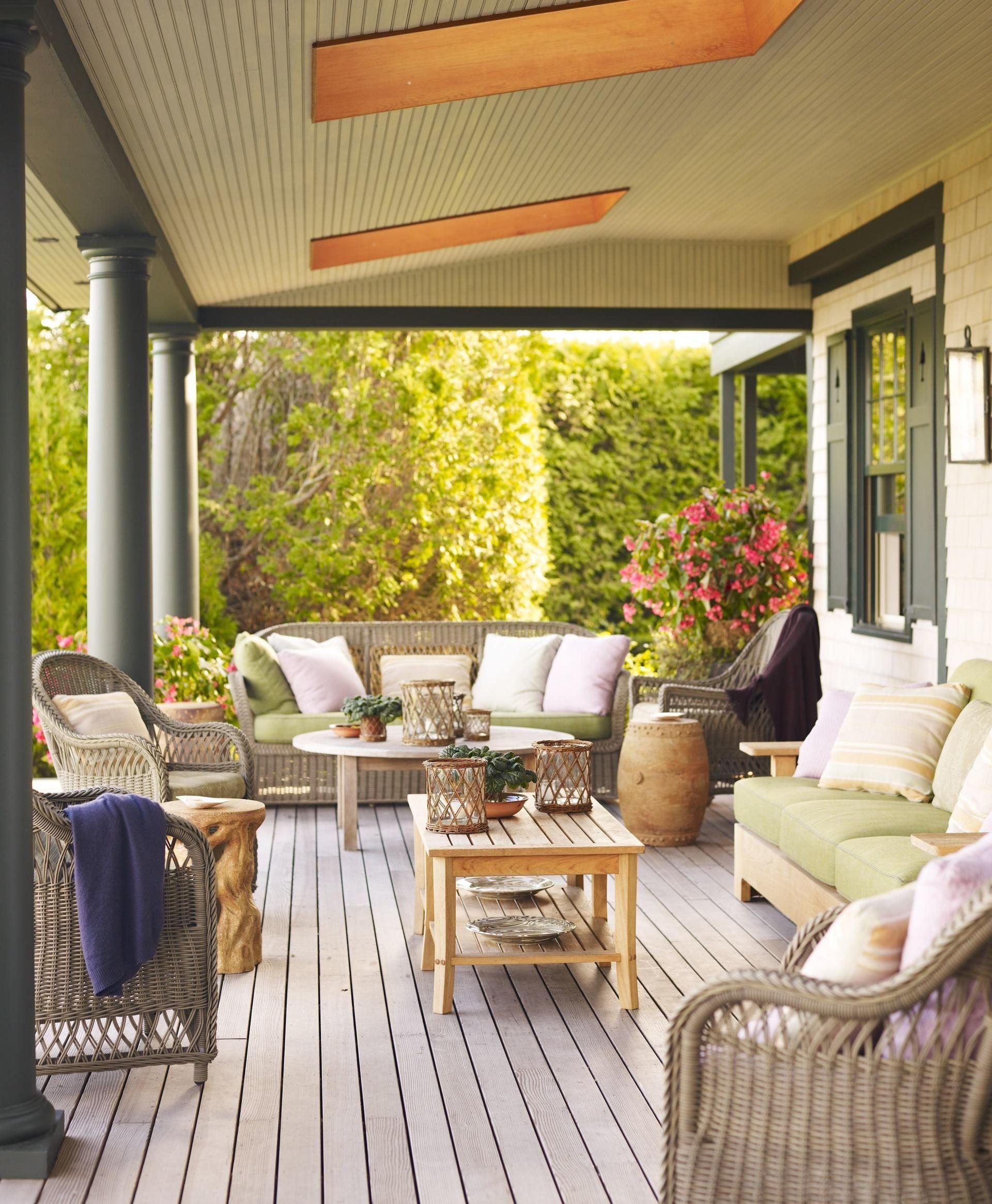 lanai porch veranda