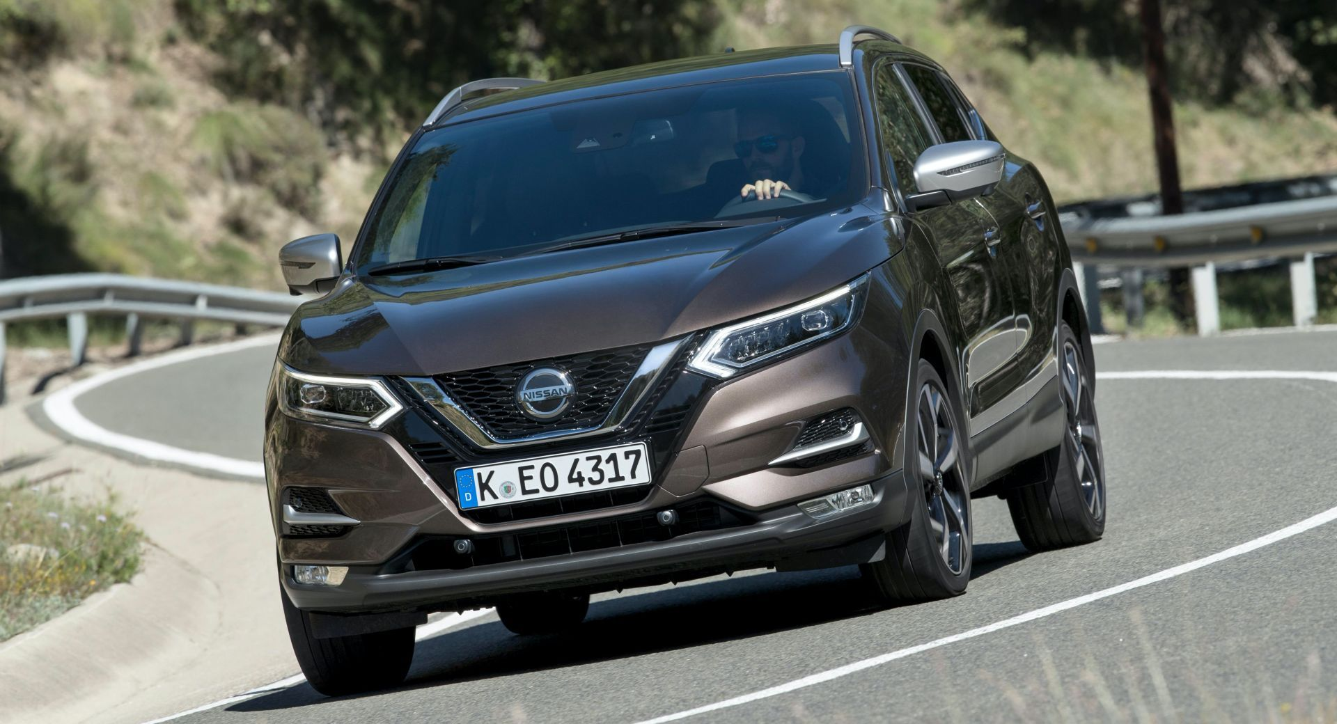 Nissan Committed To Building Next Gen Qashqai In The Uk Despite Brexit Uncertainty Industry Nissan Nissanqashqai Suv U In 2020 Nissan Nissan Qashqai Living In Car
