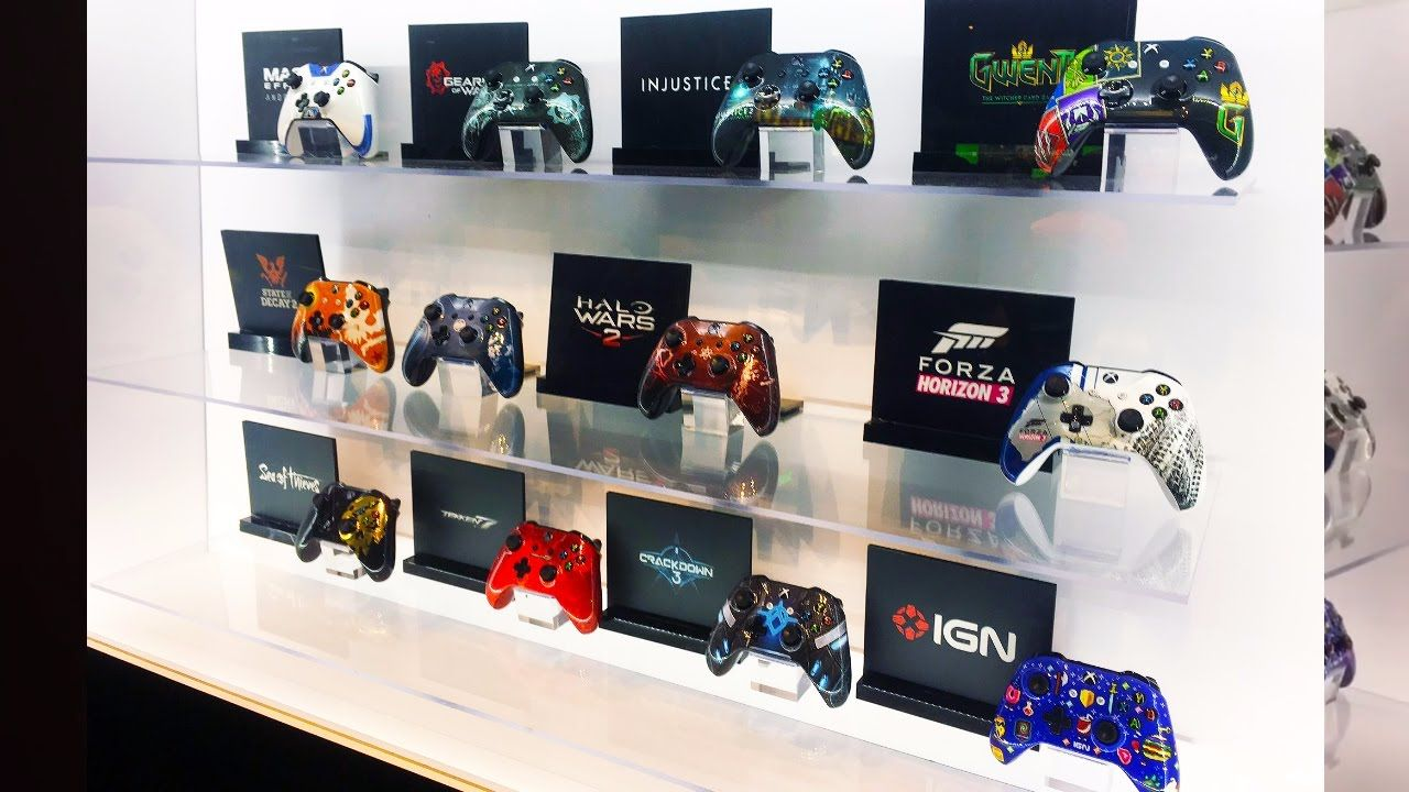 PAX East 2017 Xbox Custom Controllers (Mass Effect Andromeda