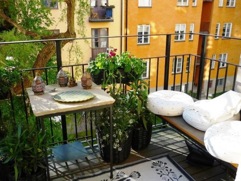 Fresh Garden Design At Apartment Balcony   Aida Homes