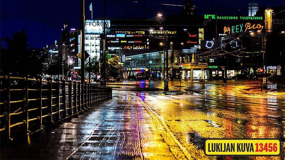 Sade väritti Helsingin katukuvaa maanantai-iltana (IS) ... (Helsinki, Finland - after rain..)