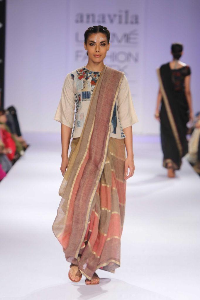 Lakme Fashion Week Anavila At Lfw Wf 2014 Long Blouse Designs Lakme Fashion Week Fashion