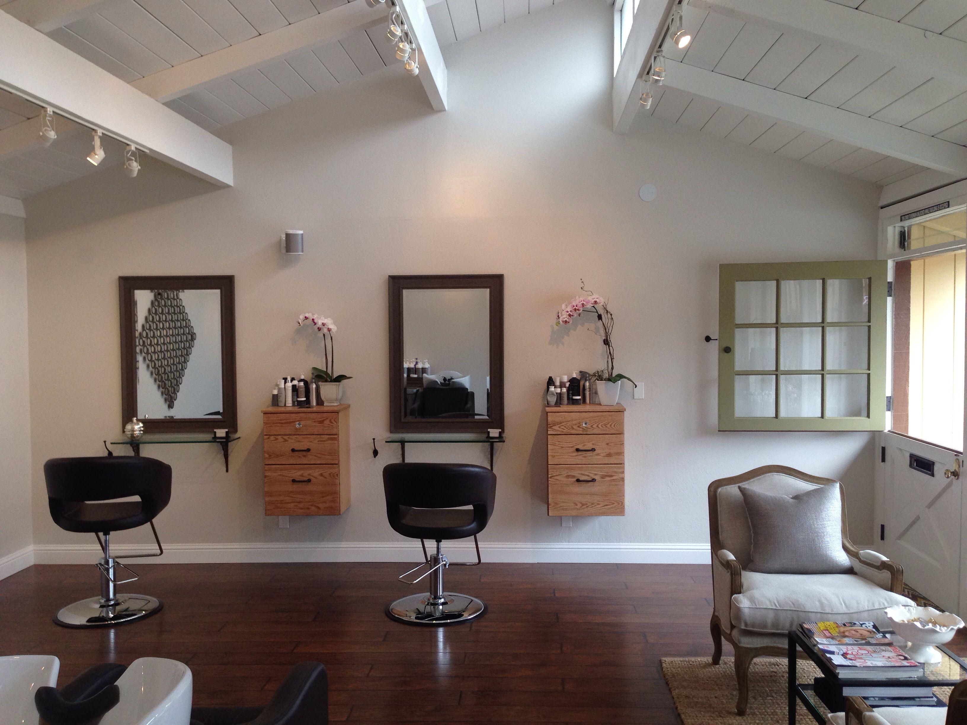 Salon Set Up Google Search Deco Salon Salon Studio Moderne