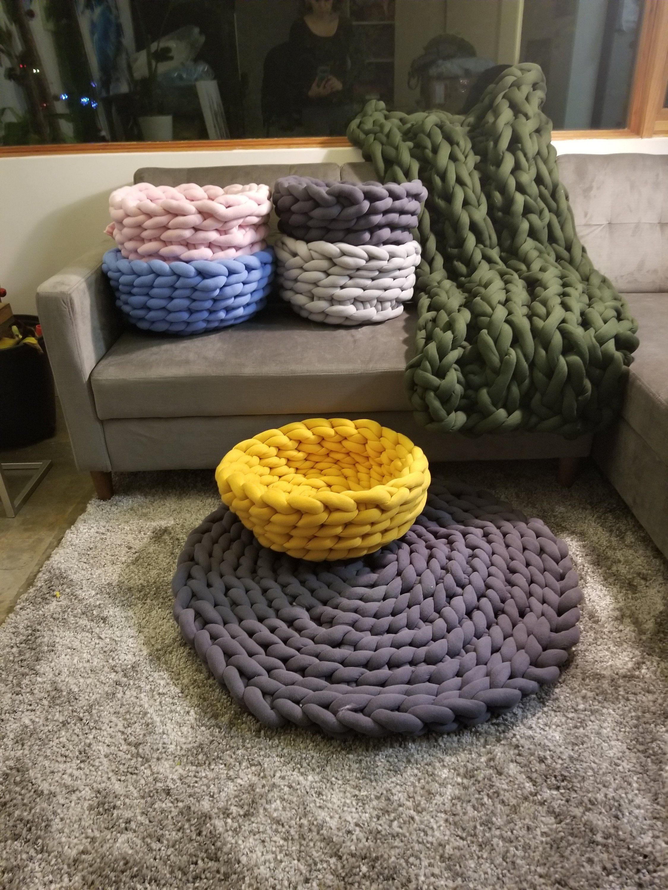 Chunky Knit Dog Bed Chunky Knit Cat Bed Cat Cave Crochet Etsy Chenille Blanket Cat Bed Dog Bed