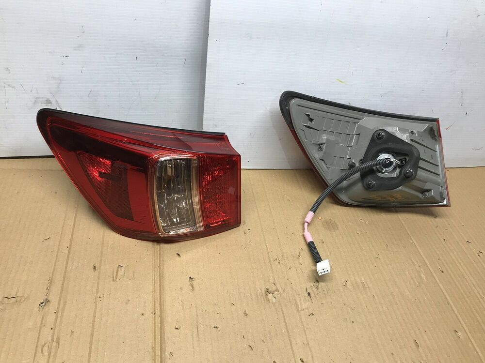Ad Ebay 2009 2010 Lexus Is350 Is250 Tail Light Driver And