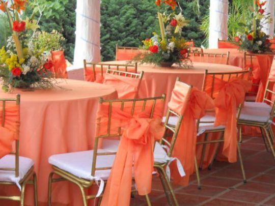 Las Ideas De Recepcion De Boda Baratas Ii Bodas Originales Vintage Wedding Centerpieces Chair Covers Wedding Outdoor Furniture Sets