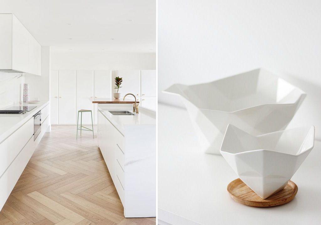Cucina bianca con accessori in ceramica bianca e legno. | Moodboards ...
