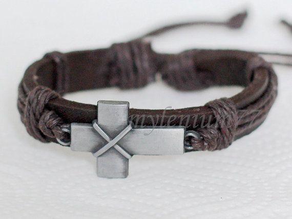 186 Men S Brown Leather Bracelet Cross By Mylenium77