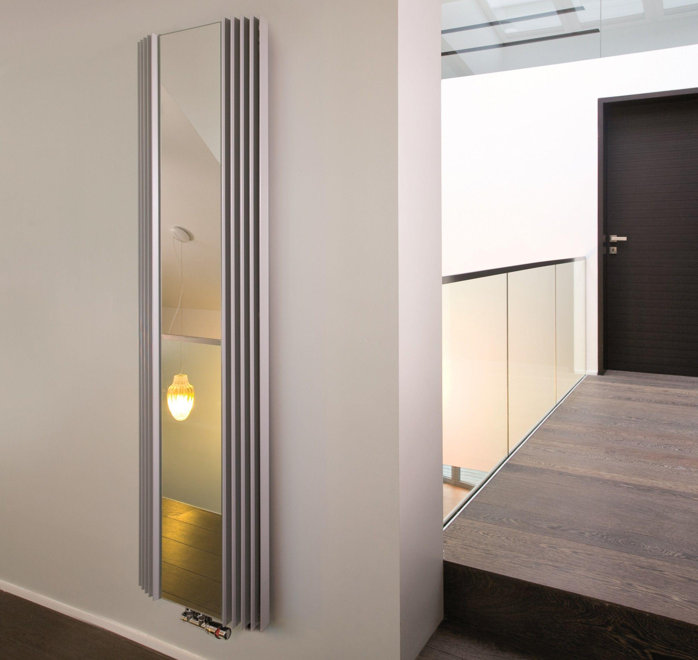 Heizkorper Mit Spiegelfront 180 X Ab 51 Cm Bad Design Heizung Design Heizkorper Design Badheizkorper Spiegel Garderobe