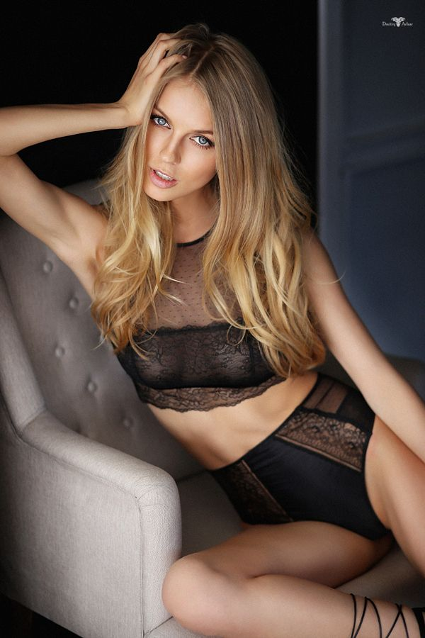 regarderlesfilles by dmitry arhar more on regarder les filles lingerie swimwear. Black Bedroom Furniture Sets. Home Design Ideas