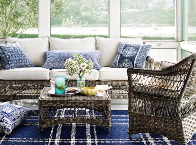 Wicker, white & blue!  (from Country Living Usa - Jul/Aug 2013)