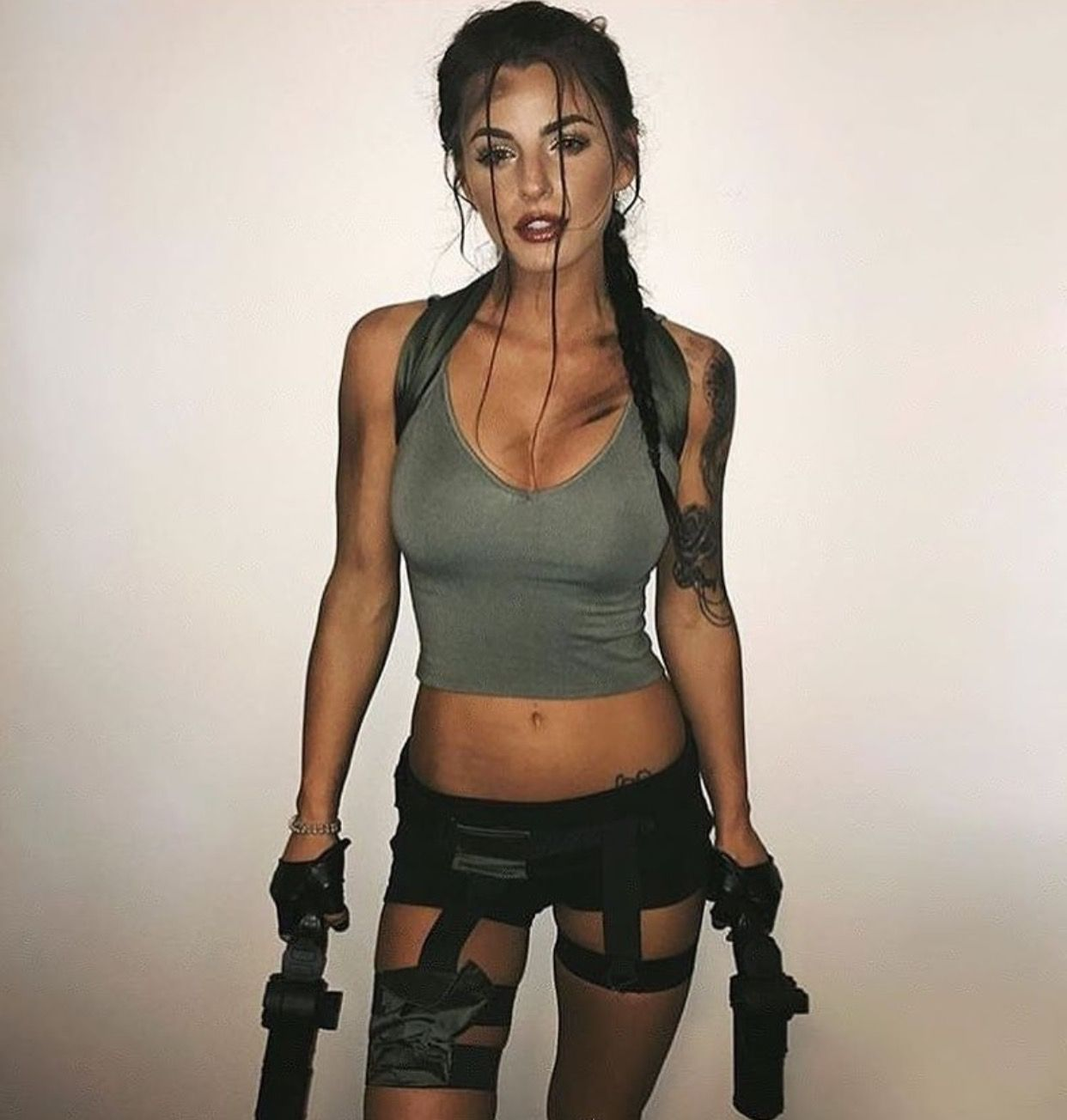 Laura Croft Tomb Raider Costume Halloween