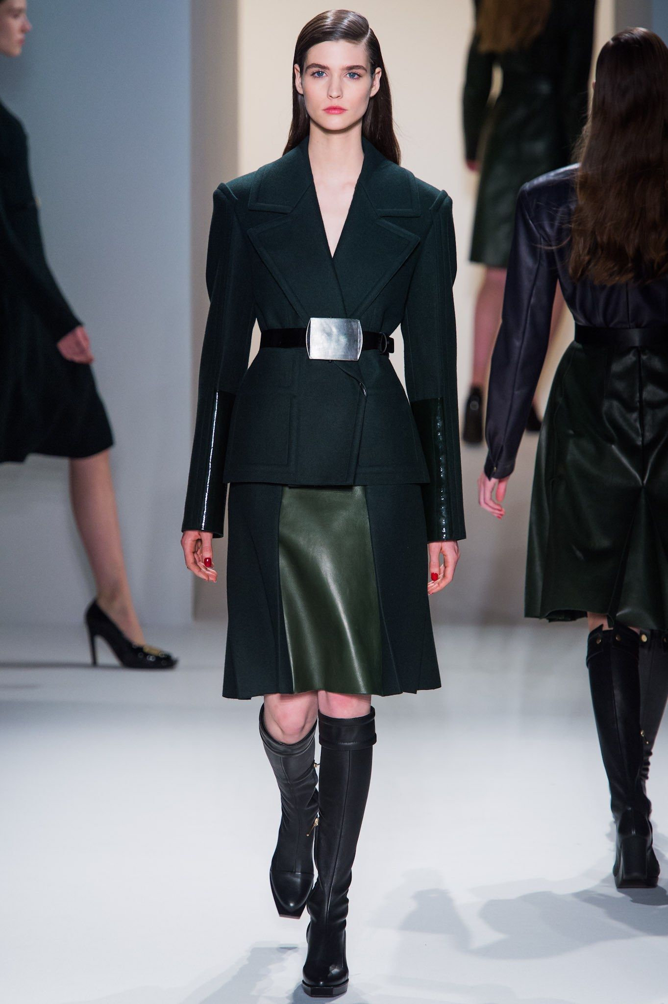 Calvin Klein Collection Fall 2013 Ready-to-Wear Fashion Show - Manon Leloup