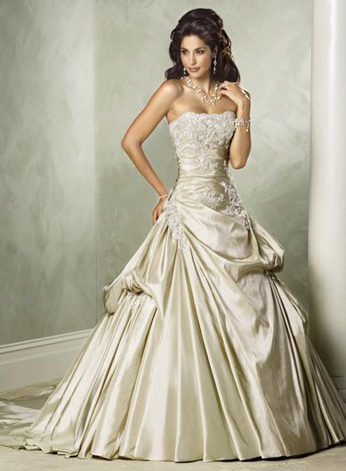 Wedding Dresses > gorgeous designer wedding dress