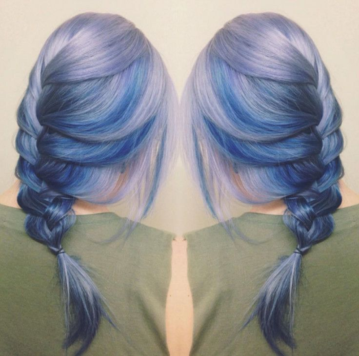 Have you seen the moonstone hair dye trend that's taking Instagram by storm? Check it out and let us know what you think of this new hair color!