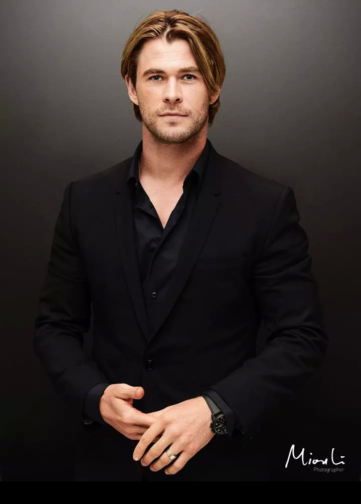 Chris Hemsworth By Frederic Auerbach Esquire Hemsworth Chris Hemsworth Chris Hemsworth Shirtless
