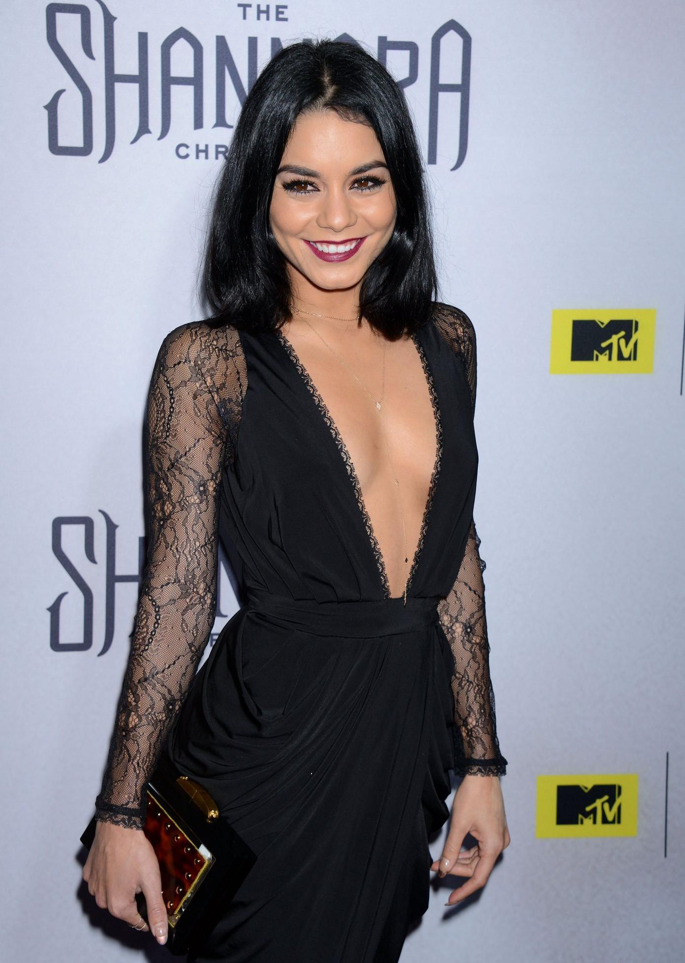 Vanessa Hudgens in 2019