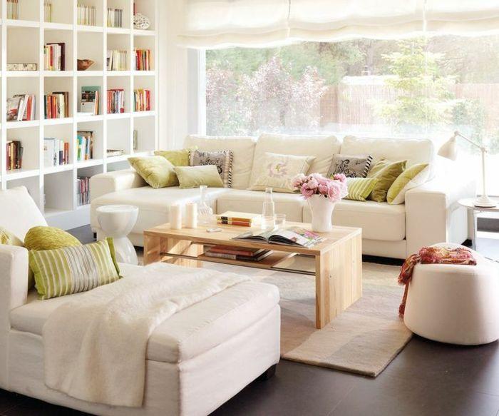 Kleines Wohnzimmer Einrichten Weiße Sofas Liege Sofatisch Holz