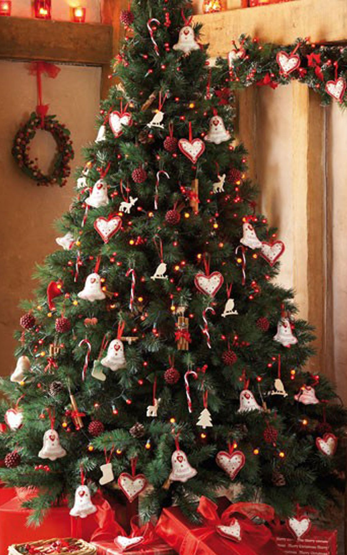 xmas tree decorating ideas with nice bell and a sign of love