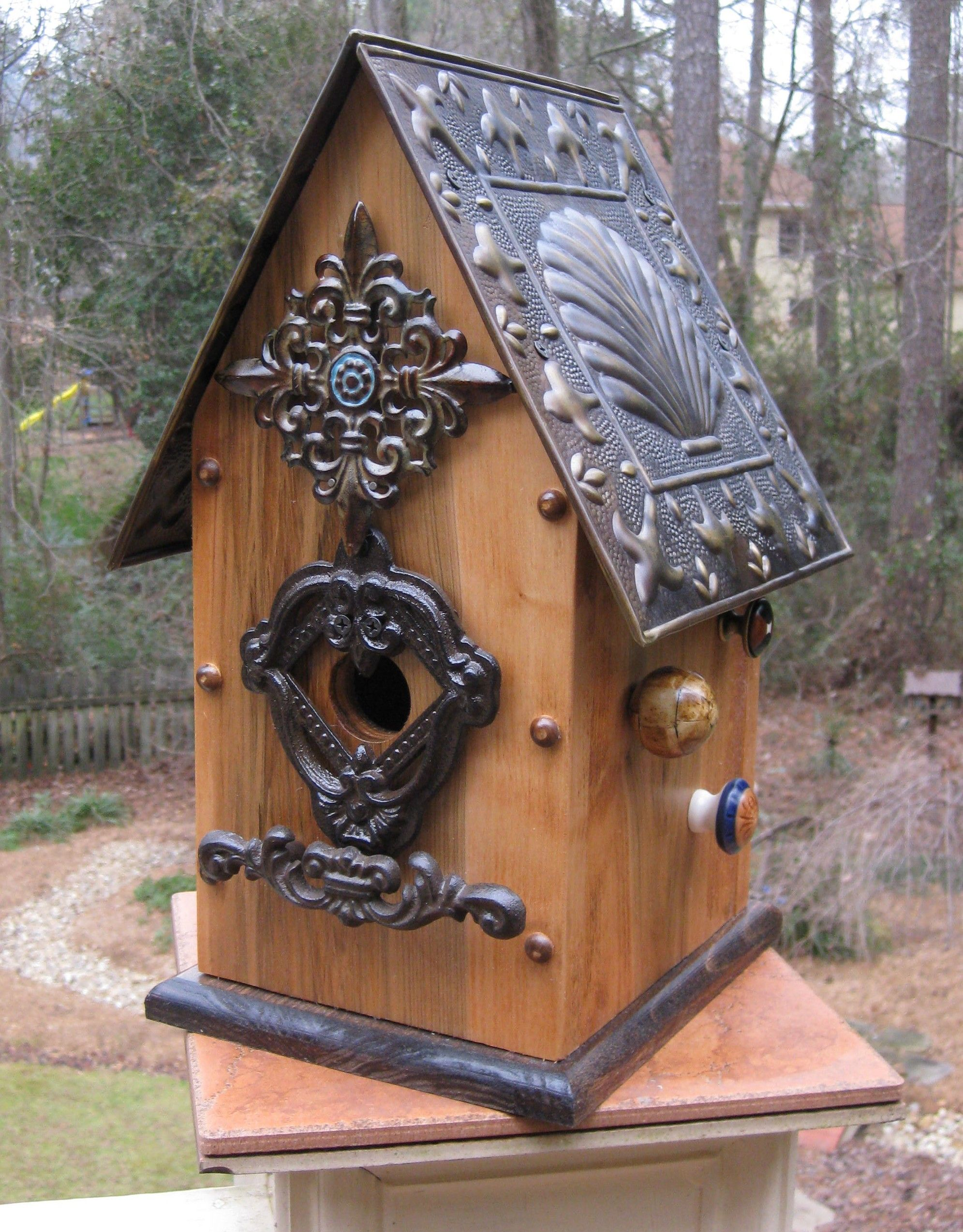 Unique bird houses clam shell tin roof unique for Bird feed tin