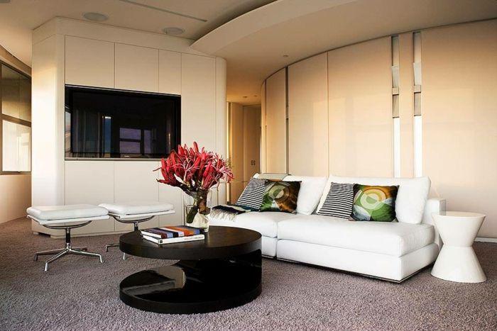 Wohnzimmer Einrichten Ideen Schwarzer Couchtisch Dekokissen Teppichboden
