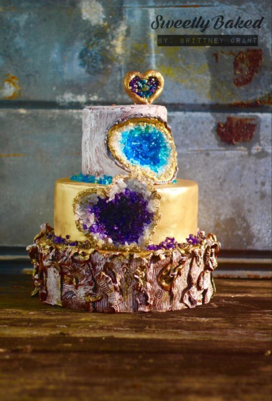 Amazing Geode Wedding cake design Rock Solid Love