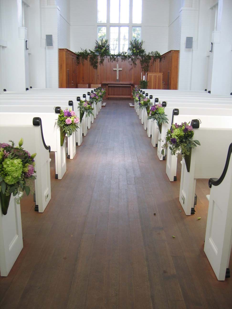 simple church wedding decorations bing images wedding ideas pinterest churches church. Black Bedroom Furniture Sets. Home Design Ideas
