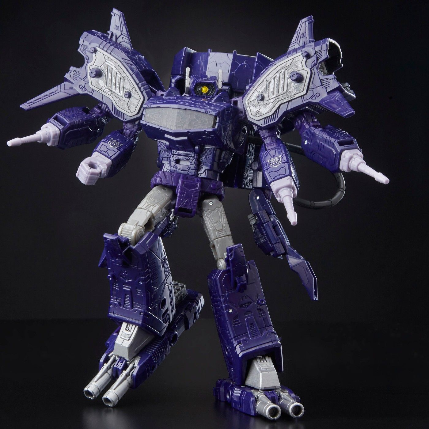 Siege Leader Class Shockwave WFC-S14 Transformers Generations War for Cybertron