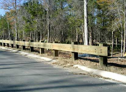 Best Wood Guardrails Possibly For Driveway Alley Hardscape 400 x 300