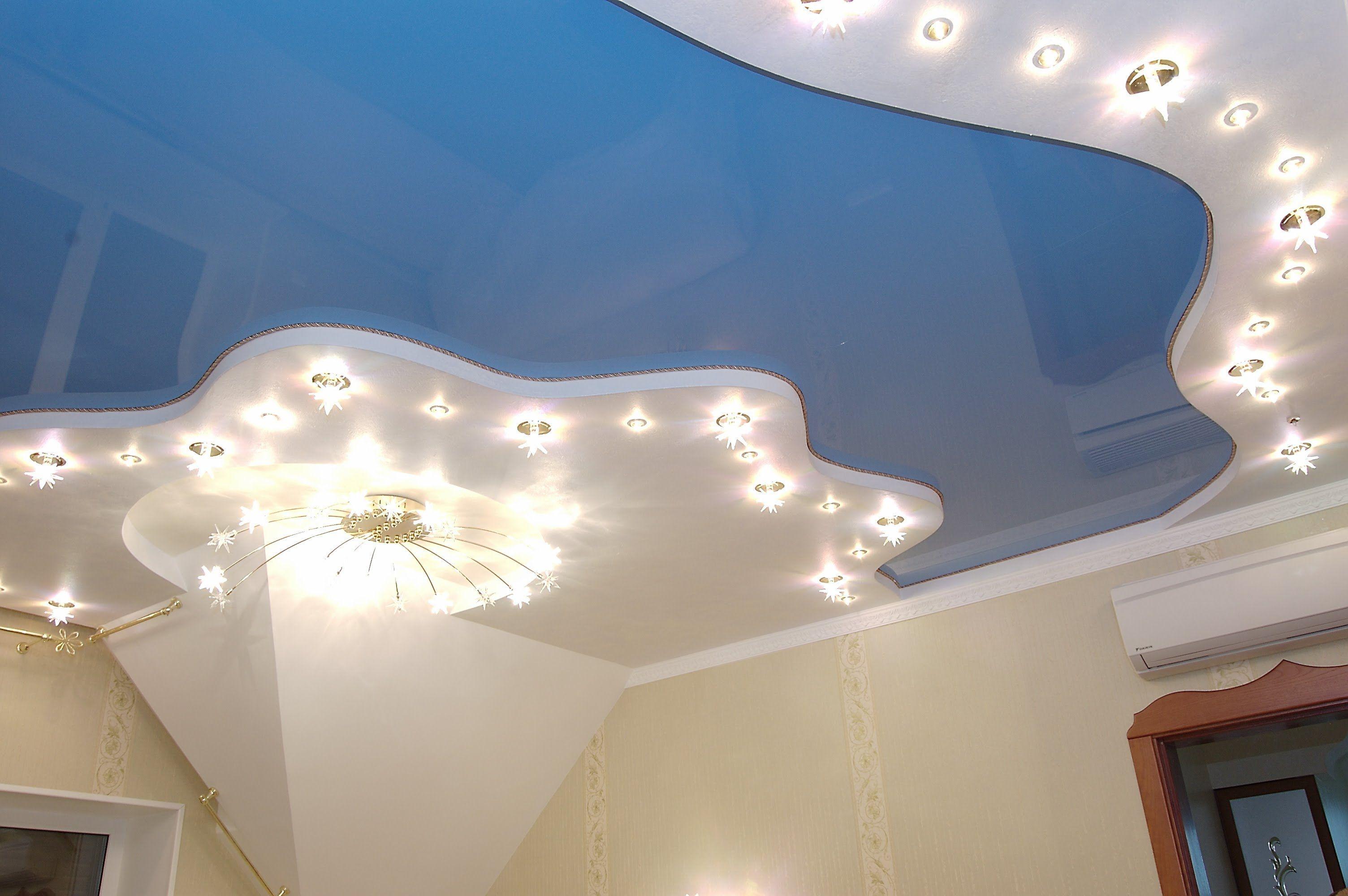 натяжные потолки в гостиной дизайн фото