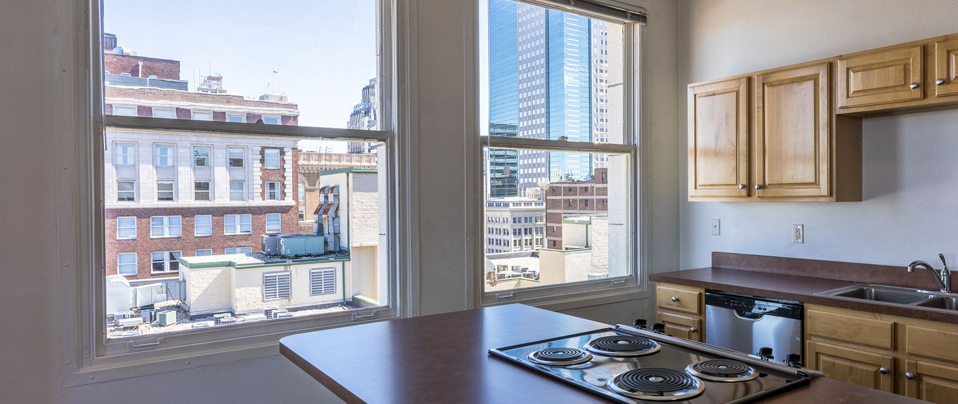 Board Of Trade Lofts | Kansas city apartments, Loft ...