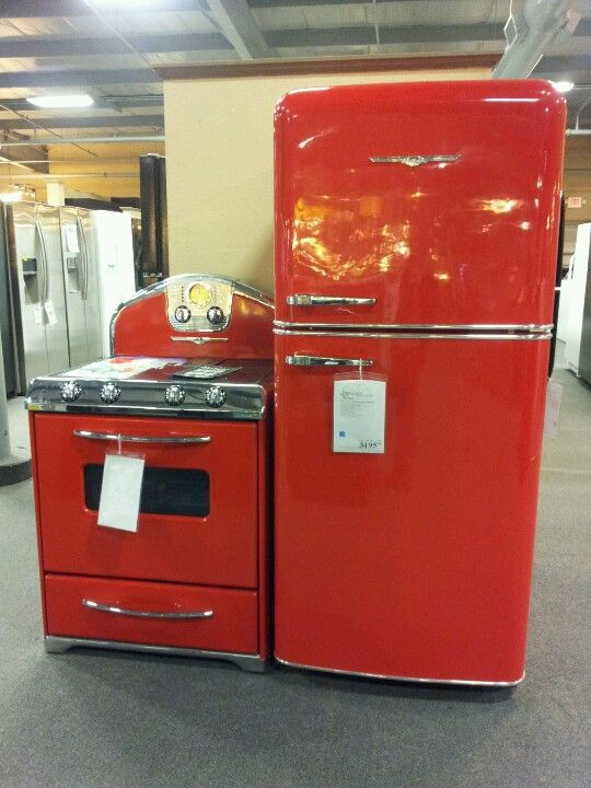 Love Them 50 S Fridge And Stove Red Refrigerator Red