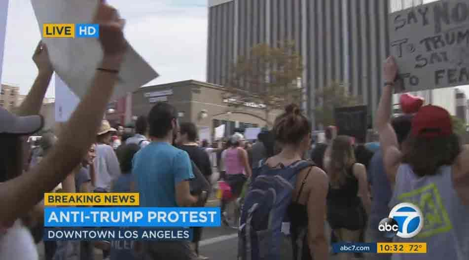"""ABC7 Eyewitness News on Twitter: """"#LIVE About 3000 anti-Trump protesters marching on Wilshire https://t.co/u5lTveArpy https://t.co/lHWliRM8EB"""""""