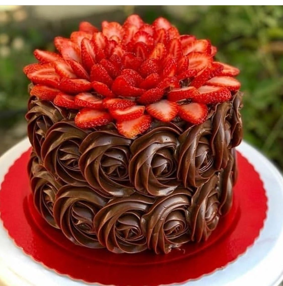 Flower Cake With Images Delicious Strawberry Cake Strawberry