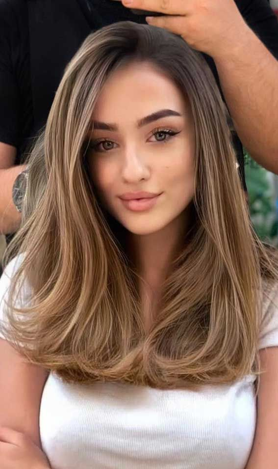 Hair Color Ideas To Change Your Look - Light Chest