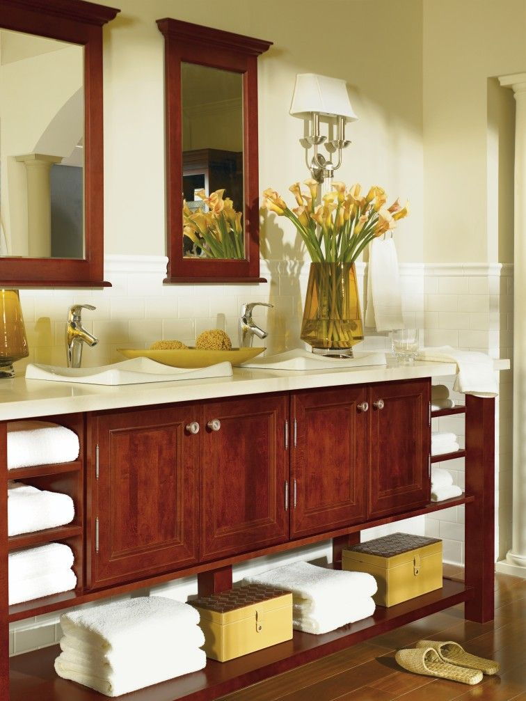 Incredible Blakely Maple Cranberry Bath By Thomasville Cabinetry Interior Design Ideas Clesiryabchikinfo