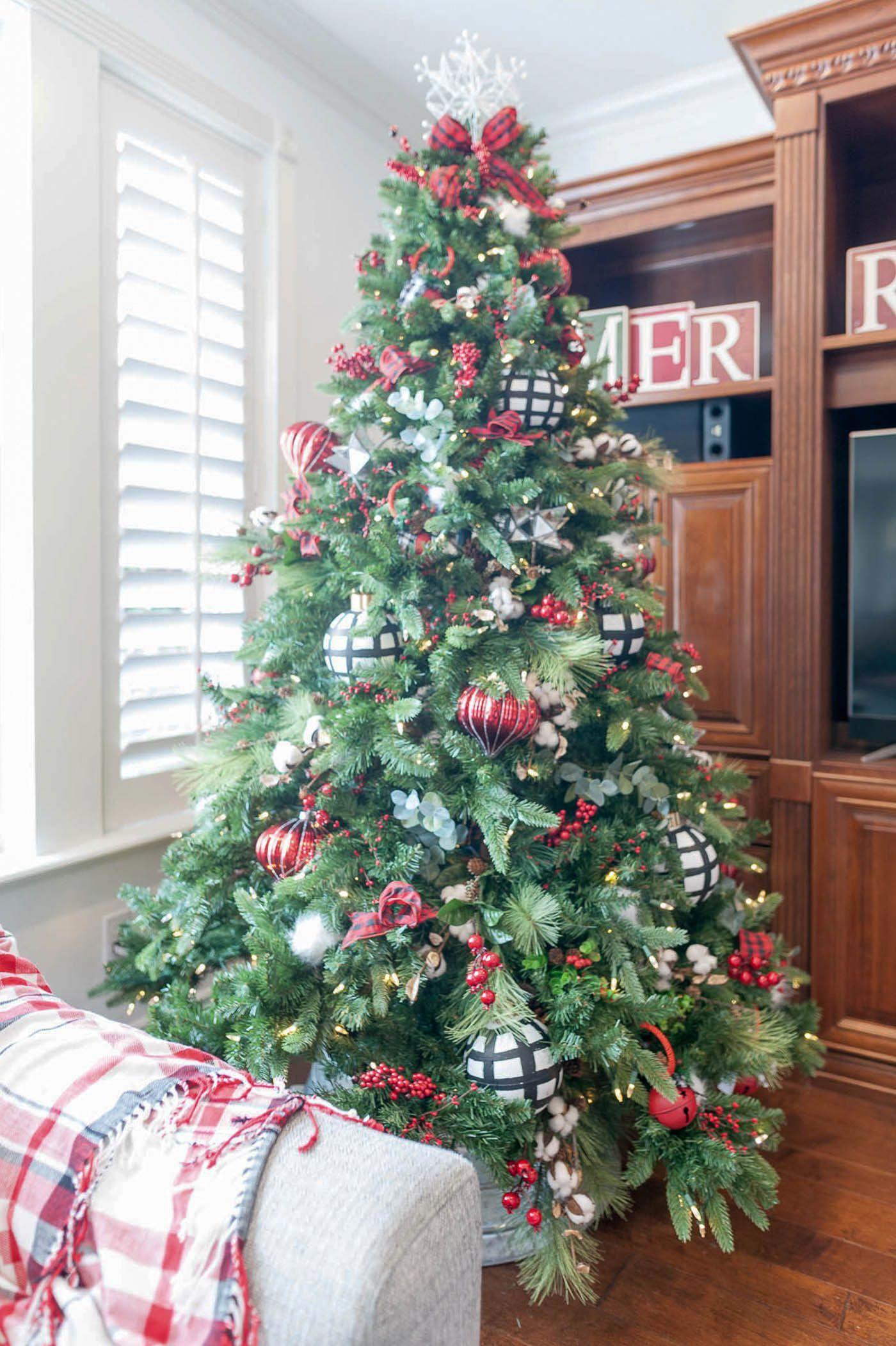 Christmas Tree Decorations Harrods Green Christmas Tree Colorful Christmas Tree Green Christmas
